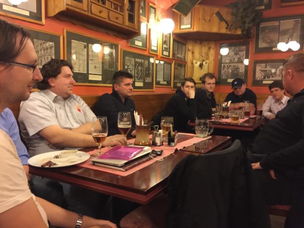 4. AREA pivo s trenérskou dvojicí Uhrin, Čuhel